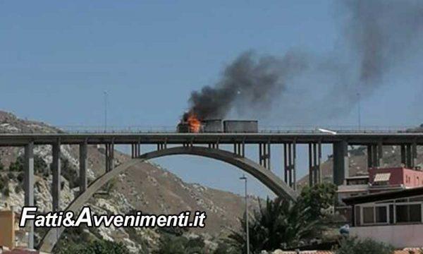 Porto Empedocle. Camion va a fuoco sul viadotto Spinola, si salva l'autista