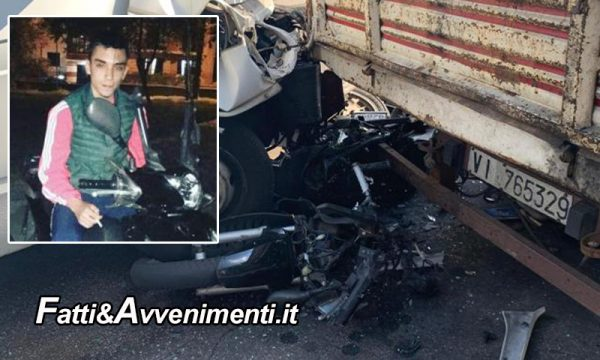 Giarre (CT). Furgone travolge scooter, muore il 21enne alla guida: inutile l'intervento dell'elisoccorso