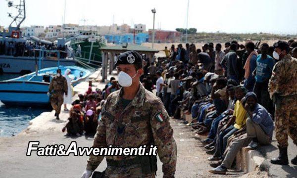 Lampedusa. È invasione: in 24 ore sbarcati 618 migranti su una ventina di barchini e nessuno ha visto niente