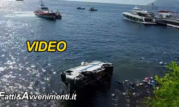 Lipari (ME). Furgone dei rifiuti precipita in mare dopo volo di 10 metri: ferito l'autista, salvato da una barca privata