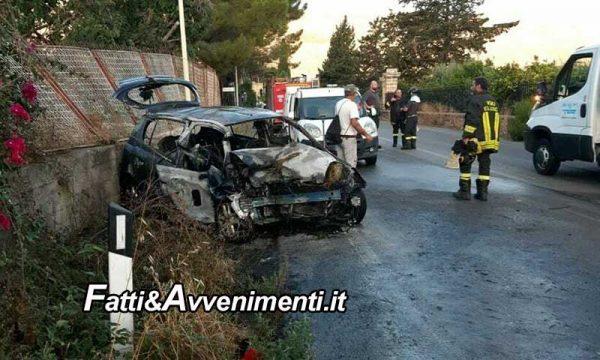 Villagrazia di Carini (PA). Tre giovani si schiantano su un muro e l'auto va a fuoco: grave una 18enne operata d'urgenza