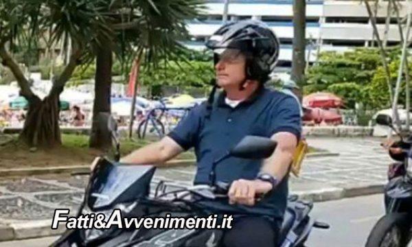 Legge & Diritto. Guida con casco slacciato: per la legge è come non averlo! Ecco cosa si rischia