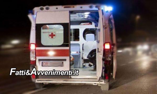 Agrigento. Migrante positivo al Covid strattona medico e infermiere dell'ambulanza e fugge: è ricercato