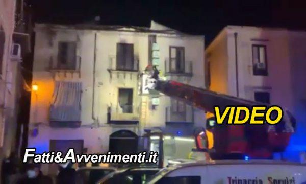Palermo. Famiglia intrappolata nella casa in fiamme a Capodanno salvata dai pompieri: muore il cane