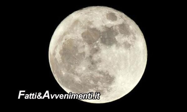 """Questa notte c'è la luna piena """"del lombrico o del verme""""  dalle ore 20:48 occhi puntati al cielo"""