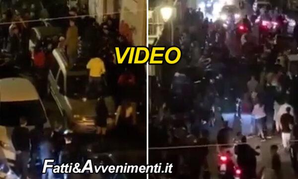 Catania. Mezzanotte di fuoco, mega rissa e assembramenti  in centro nonostante il coprifuoco… poi arriva la polizia