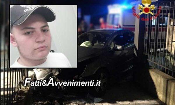 Aci Catena (CT). Ruba un auto e inseguito dalla polizia si schianta contro cancello: muore un 19enne