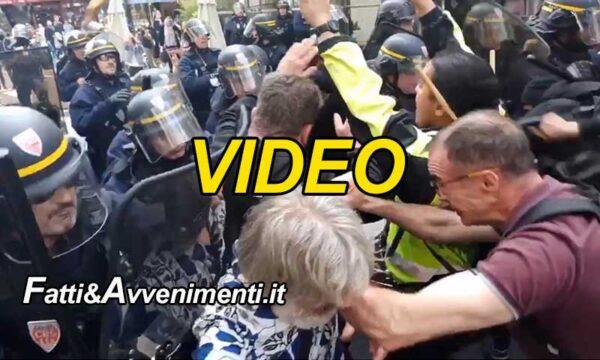 Francia. Violente proteste contro l'obbligo vaccini e il green pass per accedere nei locali pubblici