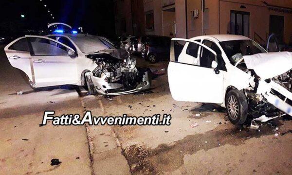 Sciacca. Scontro tra due auto nella notte: nove giovani rimangono feriti