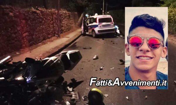 Caltagirone. Festa Europei, scontro tra auto e due scooter: muore un 22enne, 4 i feriti