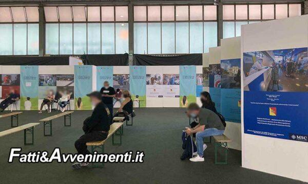 Anche con l'obbligo del green pass in Sicilia centri vaccinali con poche persone