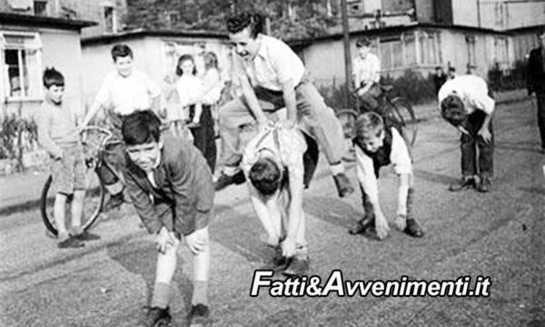 Storie di Sicilia. Anni 60-70. Noi che giocavamo per strada in un'isola dalle tradizioni arcaiche