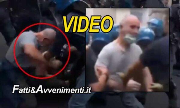 Roma. Scontri green pass: denunciato il poliziotto in borghese ripreso mentre pesta un manifestante